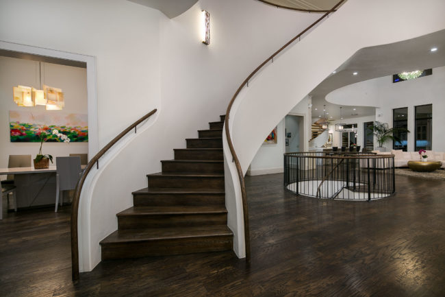Graceful Gallardia Staircase by Architectural Photographer Steve Voelker