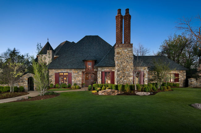 Twilight Photo of Luxury Home in Nichols Hills by Voelker Photo